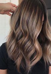 Es ist eine brünette Sache, wenn Sie mit Ihren blonden Haaren gelangweilt sind oder es …   – Frizura