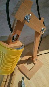 Jaune lampe de bureau, canettes recyclées, peut recycler, lampes, éclairage, lampes de table, lampe de bureau bois, lumières, lampe en bois, lampe jaune terre carrée