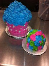Rosette Cupcake Cake und Mini Smash Cake zum 1. Geburtstag. Erstellt von The Fla…