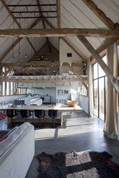 Haben Sie jemals davon geträumt, in einer umgebauten Scheune mit freiliegenden Fachwerken zu leben? – Holz DIY Ideen