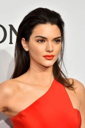 The Complete Evolution of Kendall Jenner's Hair