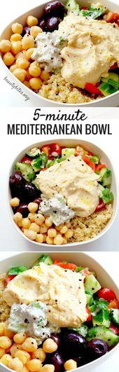 Bol méditerranéen de 5 minutes – préparation de repas santé pour le déjeuner