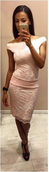 3d33881c95 A csipke örök divat- rózsaszín csipke ruha az Envy-től! Envy Fashion-  Corvin sétány
