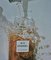 """Was im Bett anziehen?"" ""Chanel NO.5."" #rench #anziehenquot #bed #chanel #image …   – Duft"