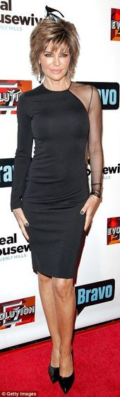 Real Housewives veteran: Lisa Rinna 52 looked super chic in her elegant little black dress which showed some skin with its racy sheer panel  #frisuren…