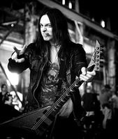 So sexy…Matt Tuck~Bullet For My Valentine