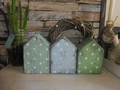 Cabañas de madera con puntos   – deko