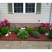Flower beds in front of house Ideas 719