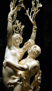 Kunsthistorisches Museum Apollo and Daphnis Jacob Auer , Vienna, after 1680/85