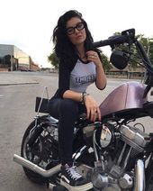 (notitle) – Babes and Bikes