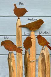 Amsel, Drossel, Fink & Star. .. auf dem Zaun gibt sich die Vogelgesellschaft ein munteres Stelldichein. Wenn auch Sie Garten oder Balkon mit unseren E… – Kirsten – Dekoration