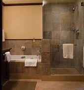 Modern Doorless Shower Ideas #DoorlessShower