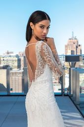Moderna och lyxiga bröllopsklänningar