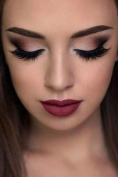 52 Beautiful and fashionable brown eyes makeup design for graduation … – Makeup Ideas