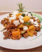 Carne macinata greca con feta – piatto basso contenuto di carboidrati per perdita di peso
