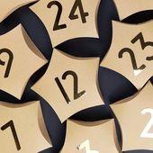 Adventskalender werden aus sternförmigen Kissenschachteln hergestellt   – Advenskalender & Adventskränze basteln & plotten