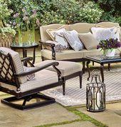 Wir haben unsere Glen Isle Midnight Gold Sitzkollektion so entworfen, dass sie detailreich und …   – The Outdoor Living Room