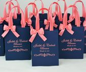 25 Coral & Navy Blue Wedding Welcome Bags with satin ribbon handles, bow and names, Chic Personalized gift bag for wedding favor for guests