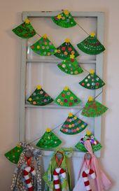 Weihnachtsbaum Girlande aus Papptellern