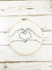 Anniversaire de coton, signe de coeur, broderie de coeur, cadeau de coton, cadeau personnalisé d'anniversaire de coton, 2ème anniversaire, cadeau pour elle
