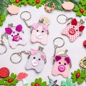 Schweinchen-Glücksbringer-Schlüsselanhänger nä…