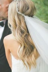 Trendy wedding hairstyles with veil natural flower crowns 34 ideas