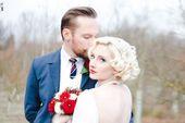 Blonde Bombe Vintage Braut kurze Hochzeit Haare rote Lippen – Mop Style – #