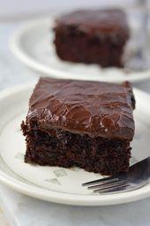 Mein Lieblingsschokoladenblechkuchen von Grund auf neu. Hergestellt ohne Buttermilch und …   – Chocolate