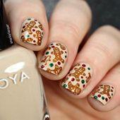 Winter Nail Designs: Gingerbread Men Christmas Nail Art #nailart