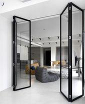 Moderner und modischer Raum mit ethnischen Elementen durch 2BOOKS Entwurf