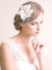 Brautmode: Atemberaubende Hochzeitsfrisuren - 2019 #Brautmode #Frisuren #Atemberaubende #Hochzeit