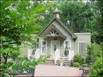 Graceland Wedding Chapel Venues In Memphis Tn The Woods Elvis Presley Pinterest Chapelemphis