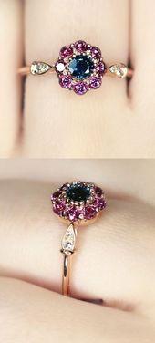 Fleur Vintage Sapphire and Garnet Ring