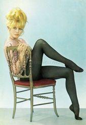 Particulars about Brigitte bardot attractive 60s classic postcard cp #67- present unique title