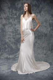 PRODUKTDETALJER: Skräddarsydda bröllopsklänningar Artiklar: siden, fransar, kristallpärlor …