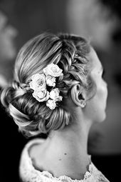 ea077c41ab2c44c2aa04001b76850229--bride-hairstyles-wedding-day