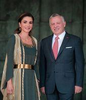 الملك عبدالله والملكة رانيا خلال احتفالات عيد الاستقلال الأردني Queen Rania Fashion My Fair Lady