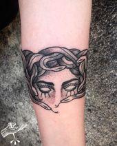 ✦ Medusa Armband ✦🐍🔥🍻 # Tätowierung #tatuaje #tatuajes #tattoogirls # …