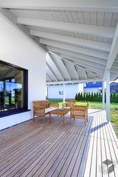Überdachte Terrasse von Baufritz | Alle Infos zum…