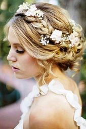 Vintage wedding updos for long hair with veil and tiara 2018
