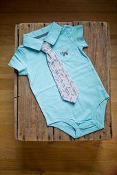 Collier bébé garçon Preppy avec clip coordonné sur la cravate – Taille 3 mois   – Clothes for Benjamin