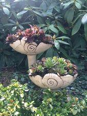 Gartenstecker Von Margit Hohenberger Gartenstecker Gartenfiguren Gartenkeramik