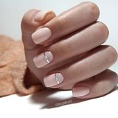 20+ Beautiful wedding nails that you need to see