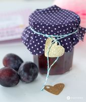 Gingerbread and plum jam with chocolate