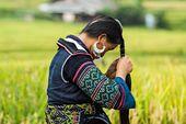 Costumes traditionnels des ethnies du Vietnam