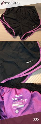 Nike Tempo Deep Navy Lila Small NWOT FIRST GEN Nike Tempo Ne …   – My Posh Closet