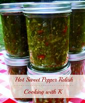 Hot Sweet Pepper Relish und würzige Pinto Bohnen