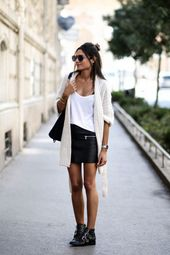 La mini jupe en cuir – # de #LeatherMinirock – #de #elegant #Jupe en cuir minuscule   – Kochen