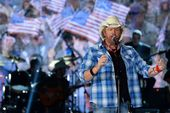 Toby Keith talks John Wayne, Johnny Cash, Trump and the American flag in 'Fox News Sunday' interview