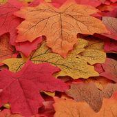 150 Stück künstliche Herbst Ahornblätter Ahorn Laub Herbstlaub Blätter für Unterlage Wandbild Türschild Party Hochzeit Weihnachten Deko  #diy #s…